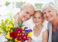 с 8 марта поздравления для бабушки