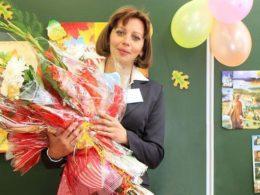 с 8 марта поздравления для учителей